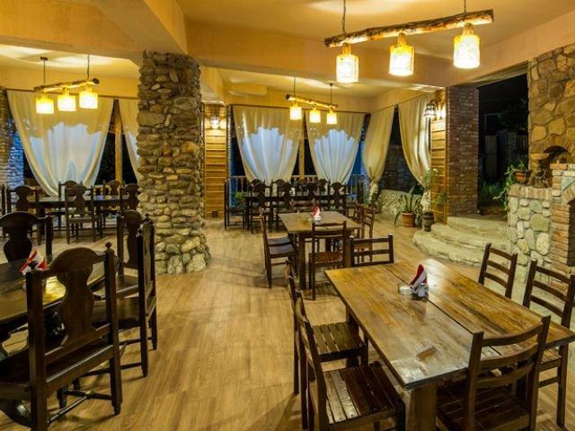 Telavi - Hotel Zuzumbo - restaurant
