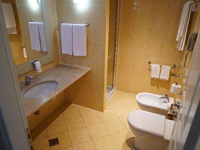 Cremona - Palace Hotel **** - voorbeeld badkamer