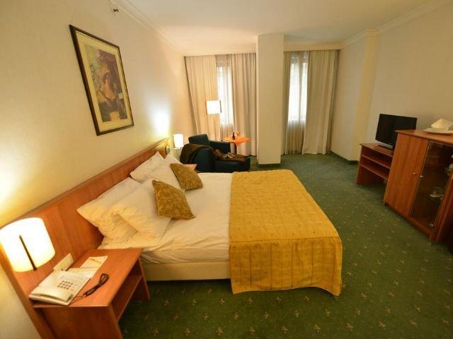 Skopje - Hotel Karpos **** - voorbeeldkamer