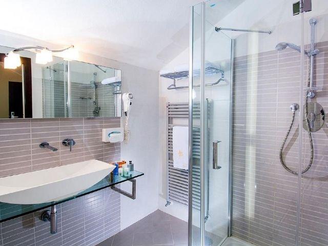 Igea Marina - Hotel St. Moritz *** - badkamer