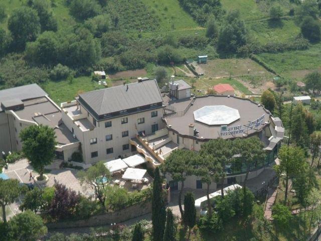 Mentana - Hotel Belvedere **** - aanzicht