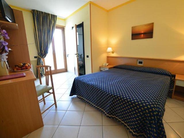 Cisternino - Hotel Lo Smeraldo **** - voorbeeldkamer