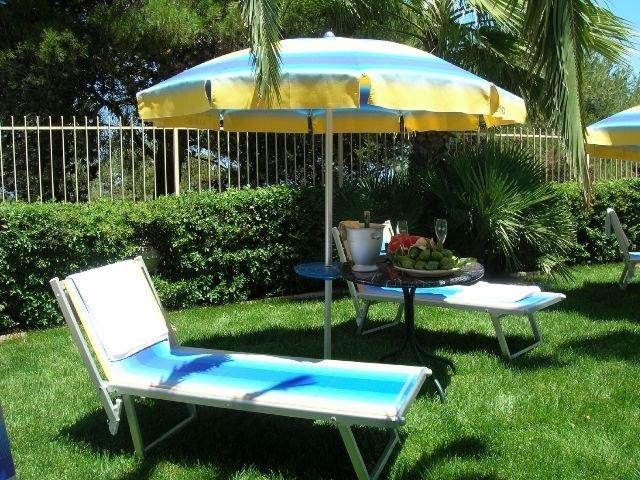 Cisternino - Hotel Lo Smeraldo **** - tuin