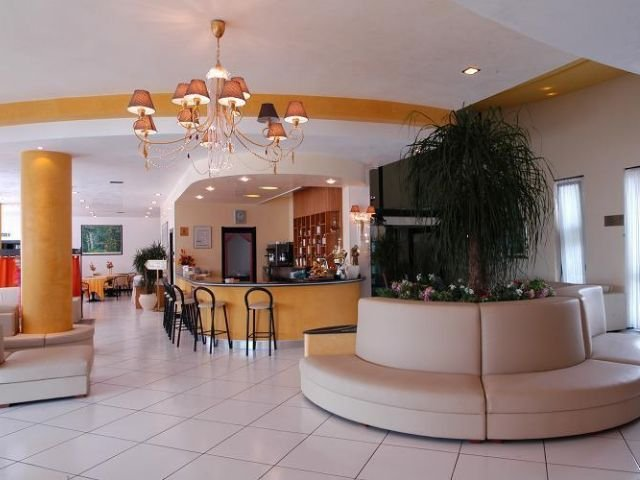 Cisternino - Hotel Lo Smeraldo **** - bar