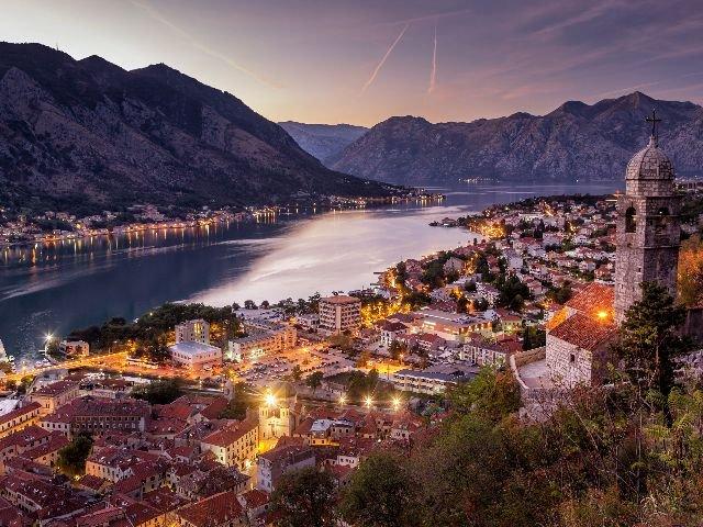 Montenegro - baai van Kotor