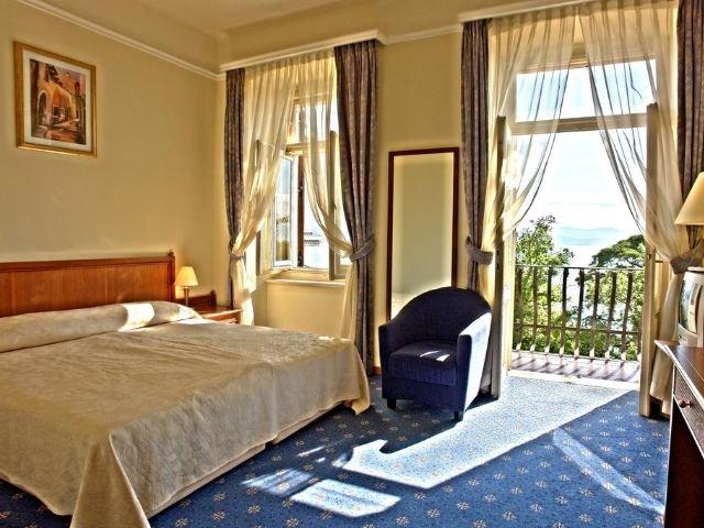 Opatija - Hotel Lovran *** - voorbeeldkamer
