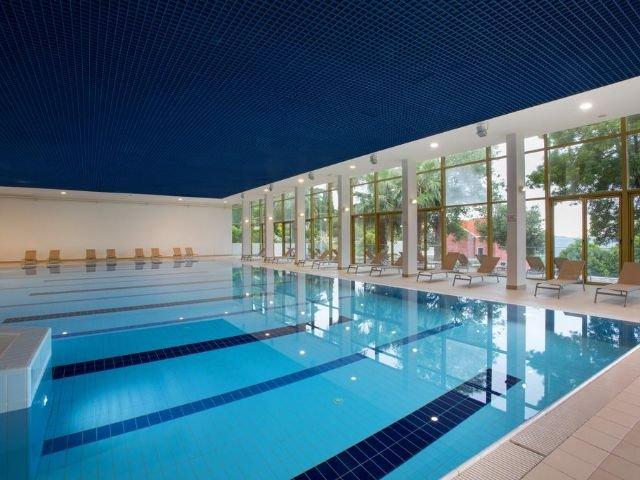 Mlini - Hotel Astarea *** - binnenzwembad