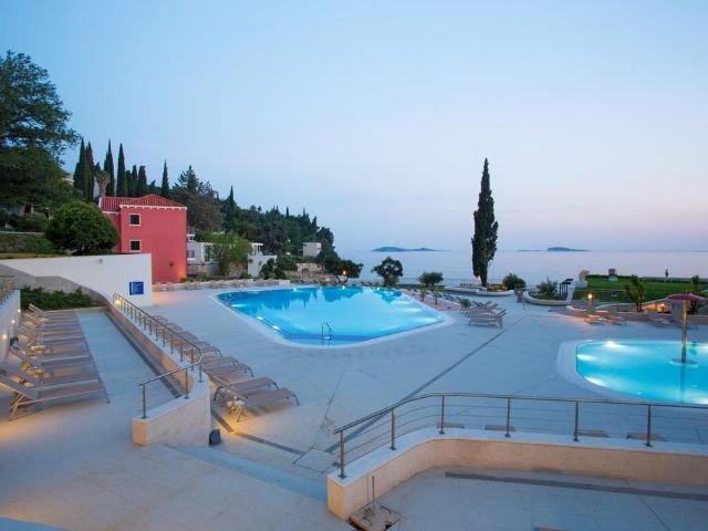 Mlini - Hotel Astarea *** - zwembad