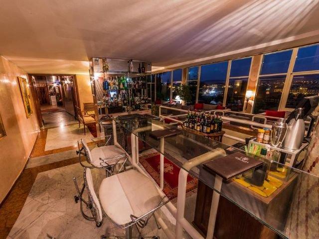 Hotel Menzeh Zalagh - bar