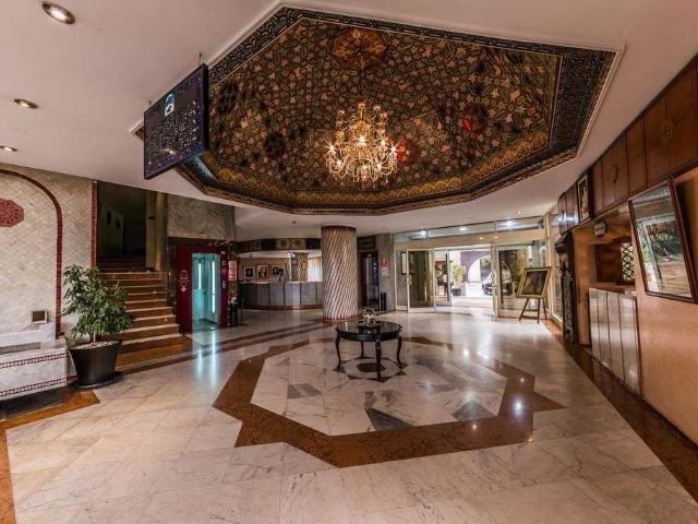 Hotel Menzeh Zalagh - lobby