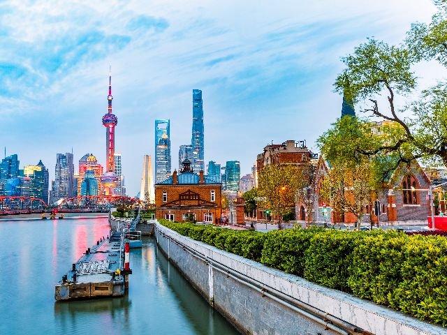 China - Shanghai - wolkenkrabbers