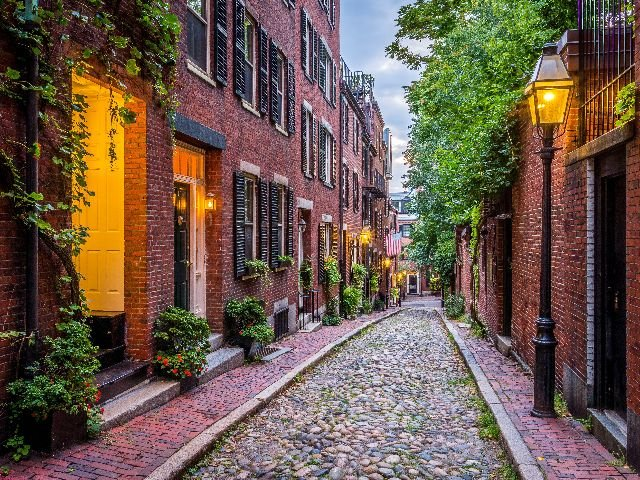 USA - Boston - Acorn Street