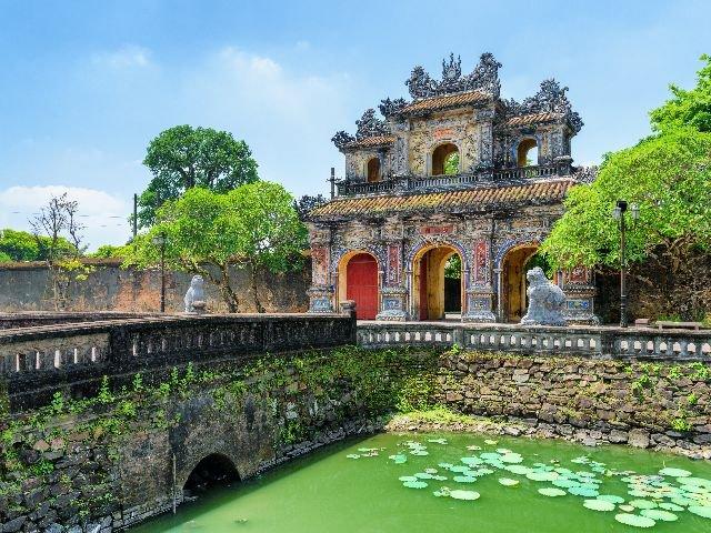 Vietnam - Hué - Hien Nhon Gate