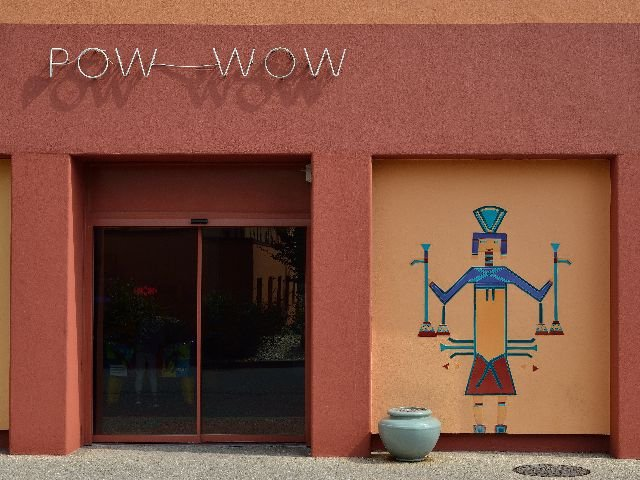 Disneyland Paris - Disney's Hotel Santa Fe - Pow Wow games