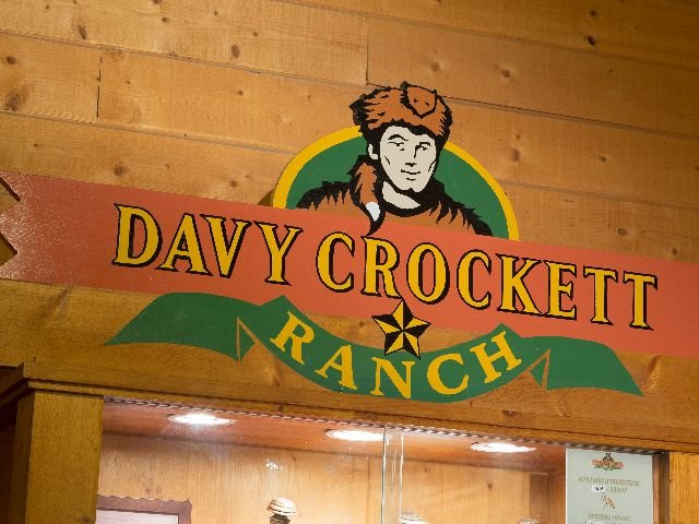 Disneyland Paris - Disney's Davy Crockett Ranch