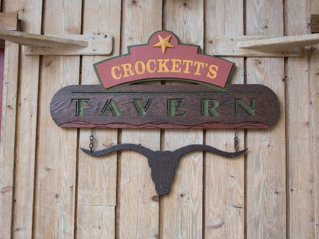 Disneyland Paris - Disney's Davy Crockett Ranch - Tavern