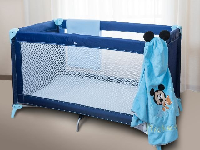 Disneyland Paris - Disney's Davy Crockett Ranch - babybedje