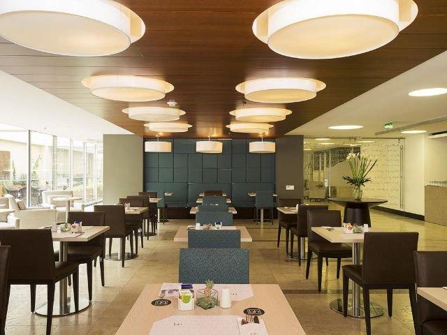 BH Bicentenario - restaurant