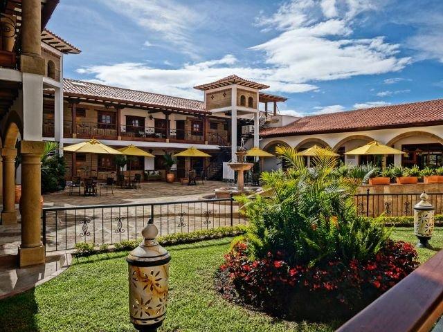 Hotel Campanario de la Villa - vooraanzicht