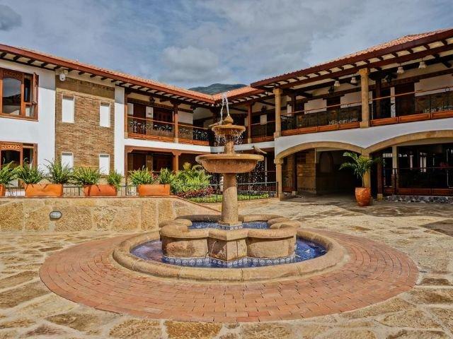 Hotel Campanario de la Villa - plein