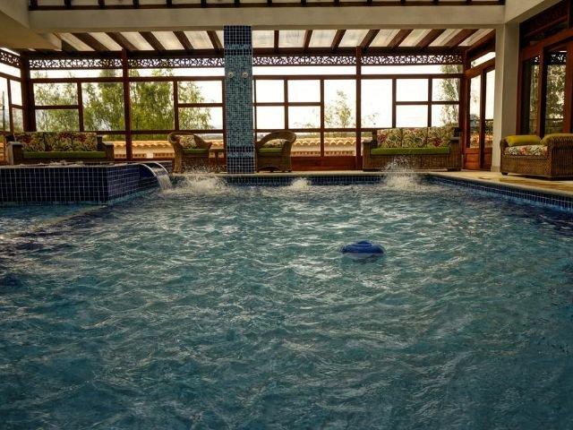Hotel Campanario de la Villa - binnenzwembad