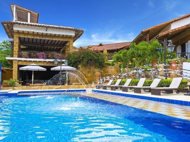 Hotel Hicasua - zwembad