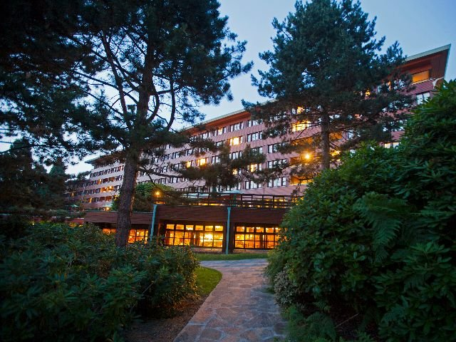 Disneyland Paris - Disney's Hotel Sequoia Lodge - aanzicht