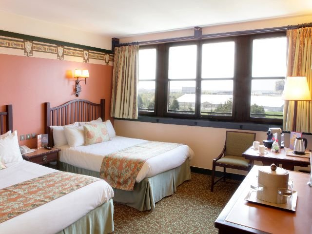 Disneyland Paris - Disney's Hotel Sequoia Lodge - 4-persoonskamer