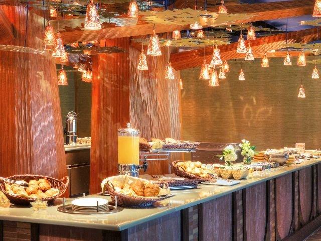 Disneyland Paris - Disney's Hotel Sequoia Lodge - restaurant ontbijt