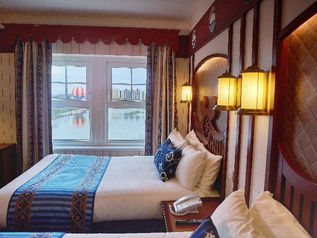 Disneyland Paris - Disney's Newport Bay Club - 4-persoonskamer
