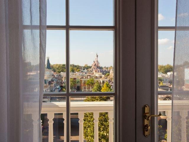 Disneyland Paris - Disneyland Hotel - 4-persoonskamer