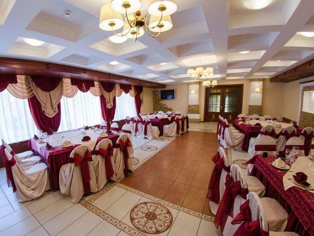 Velikije Luki - Hotel Amaris *** - restaurant