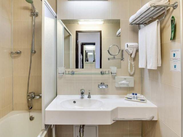 Moskou - Vega Izmailovo Hotel **** - badkamer