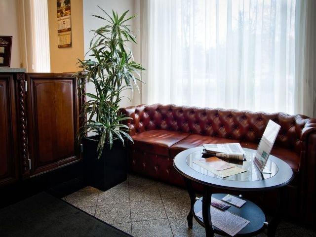 Novgorod - Hotel Volkhov **** - lobby