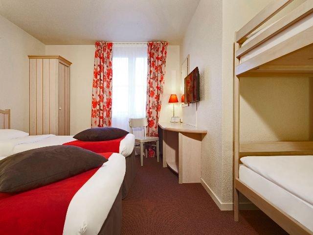 Disneyland Paris - Hotel Campanile Val de France - 4-persoonskamer