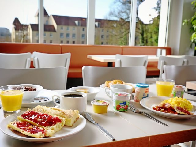 Disneyland Paris - B&B Hotel - ontbijt