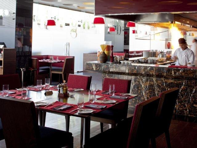 Park Inn Hotel - restaurant