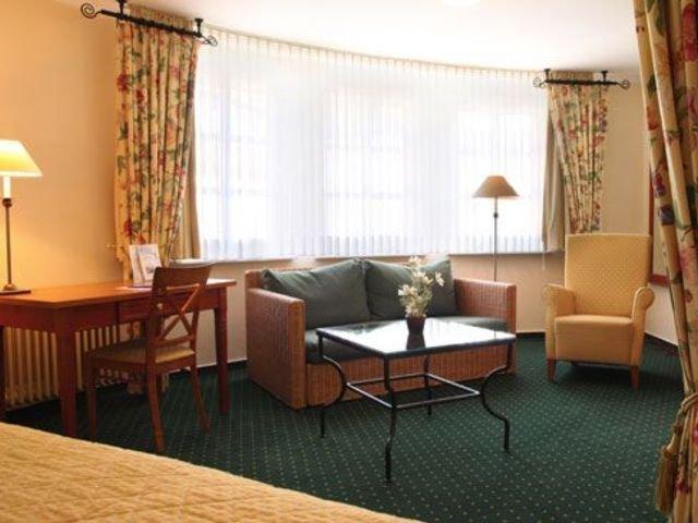 Hotel Zur Post - Waldbreitbach - hotelkamer