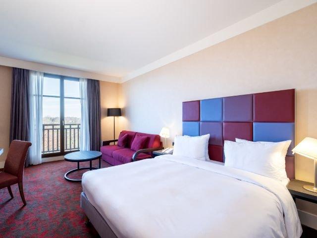 Disneyland Paris - Radisson Blu Hotel Paris, Marne-la-Vallee - 4-persoonskamer
