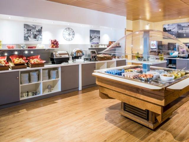 Disneyland Paris -appartement Adagio Marne La Vallée Val D'Europe - ontbijt ter plaatse te boeken