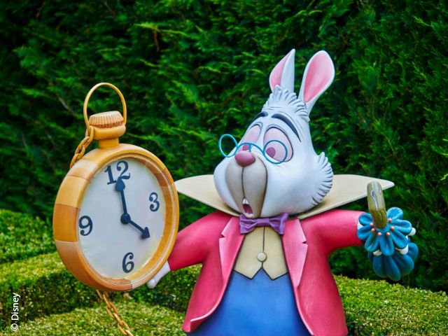 Disneyland Paris - Disneyland Park - White Rabbit