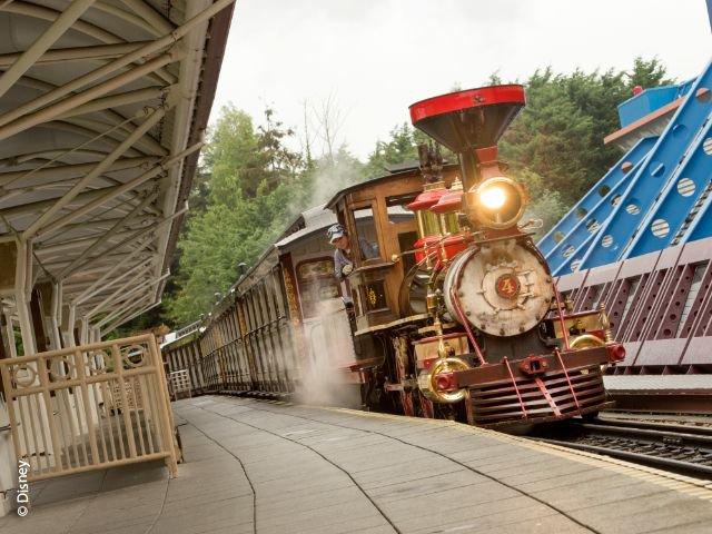 Disneyland Paris - Disneyland Park - Disneyland Railroad