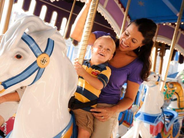 Disneyland Paris - Disneyland Park - Le Carrousel de Lancelot