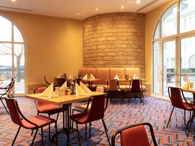 "Disneyland Paris - Hotel Dream Castle - restaurant  ""the market"""