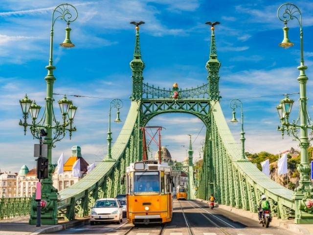 Hongarije_Budapest Kettingbrug
