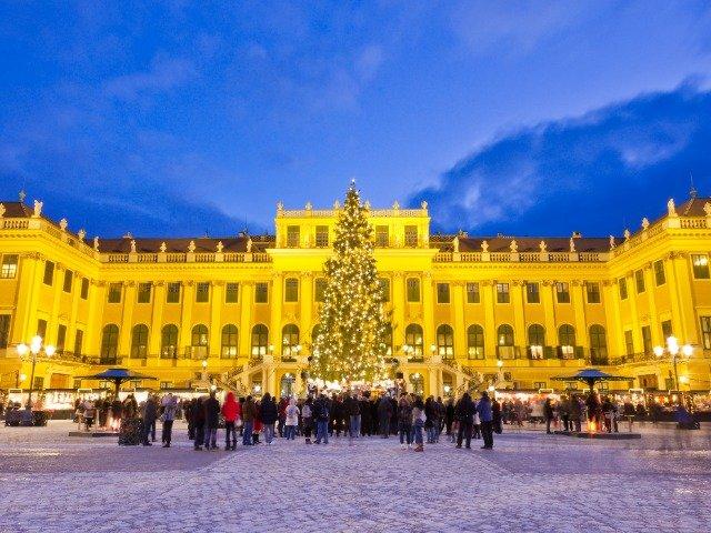 Slot Schonbrunn kerstsfeer