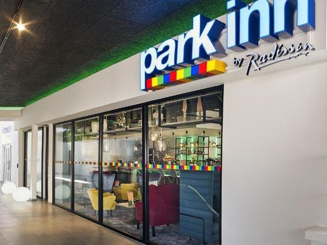 Park Inn Hasselt entree