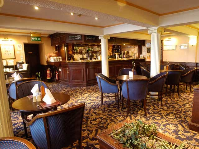 Perth - Salutation Hotel *** - bar