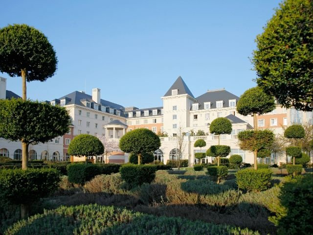 Disneyland Paris - Hotel Dream Castle - aanzicht