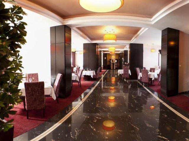 Boekarest - Hotel RIN Central **** - bar - restaurant